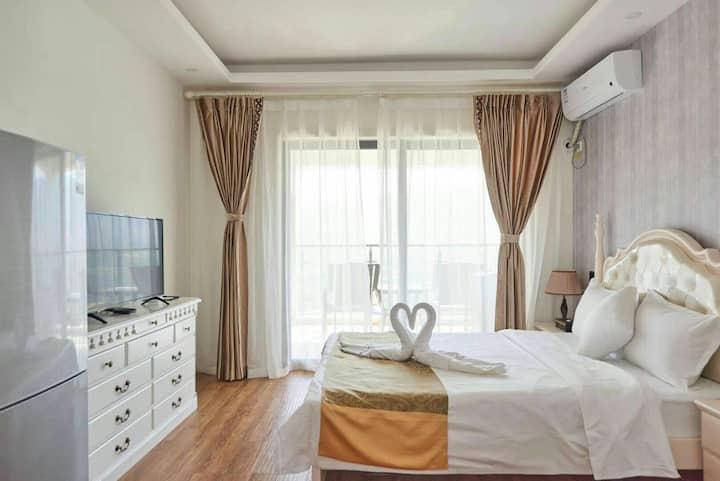 舒适大床房1003