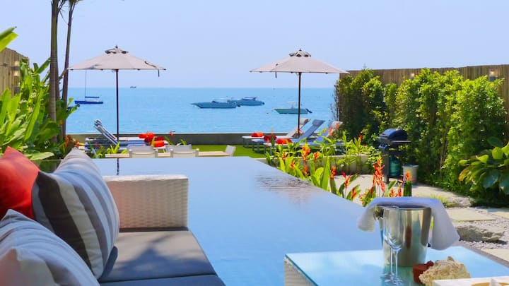 Direct Beachfront, Modern 2/3 Bed, Private Pool