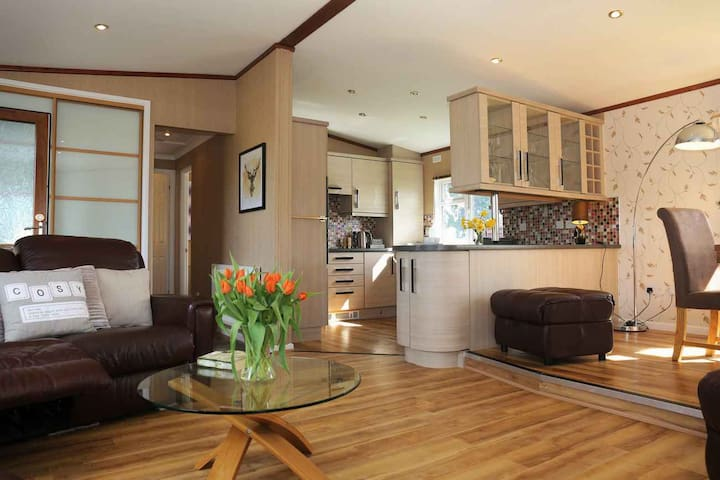 No. 6 - 2  Bed Premium Lodge Herefordshire.