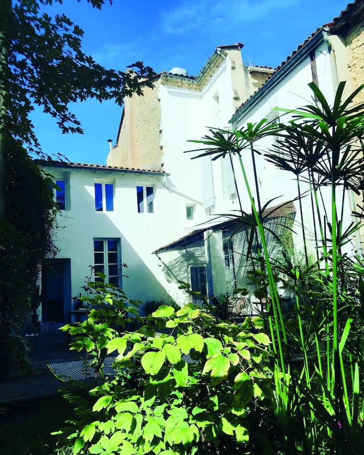 MAISON MATEJEWSKI chambre d'hôtes avec jardin