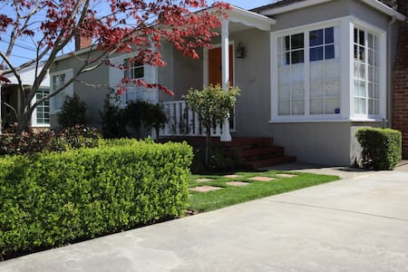 Remodeled Bungalow - Great Location - San Mateo