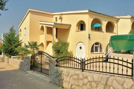 2 Bedrooms Apts in Pinezici #2 - Pinezici