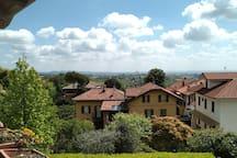Vista dal balcone principale sulle colline del Monferrato