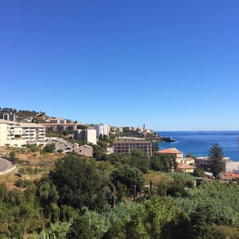 T2 belle vue mer montagne au calme - Bastia - Wohnung