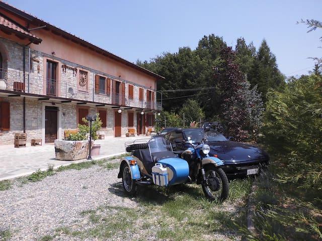 Casa con parco e piscina #langhe - Bubbio - Villa