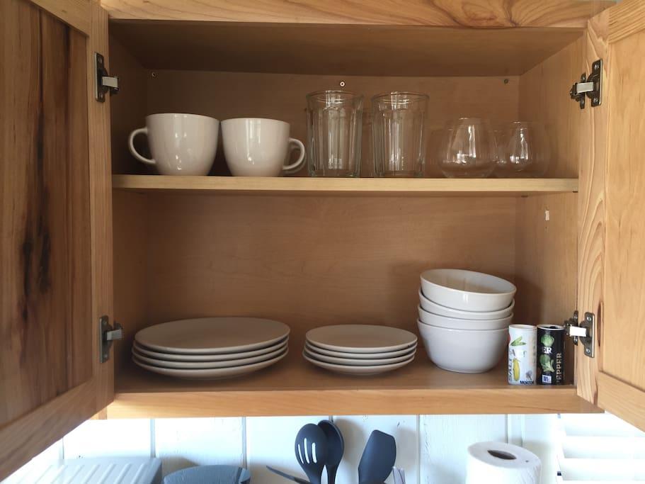 Basic kitchen essentials provided