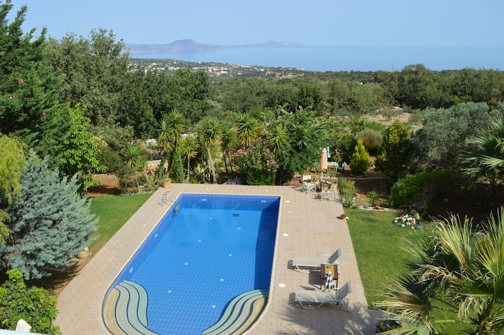 Your Home in Crete!! Villa Ioli Near the Beach - Prines - 別荘