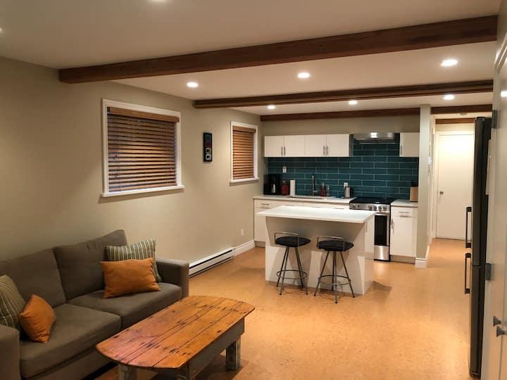 Modern Studio Guest Suite