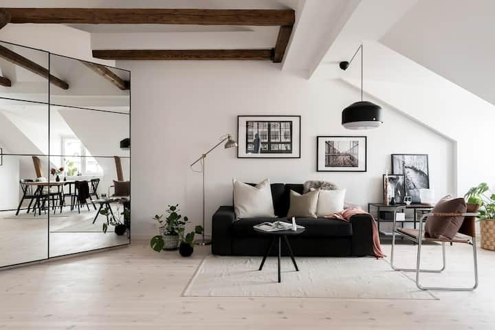 Exclusive, private, modern design loft in Soho