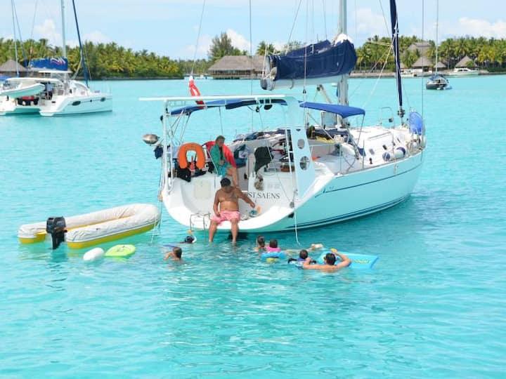 Voilier 10 couchages sur le  lagon de Bora Bora