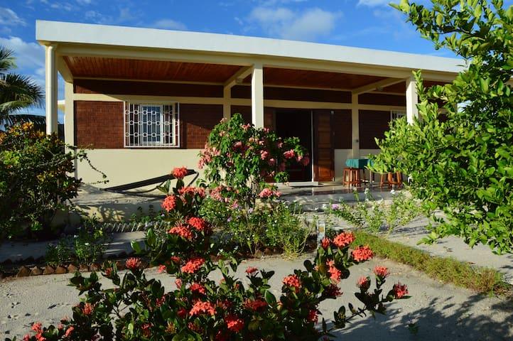 Belle maison à proximité de la mer (Majunga) - Maroala - Casa