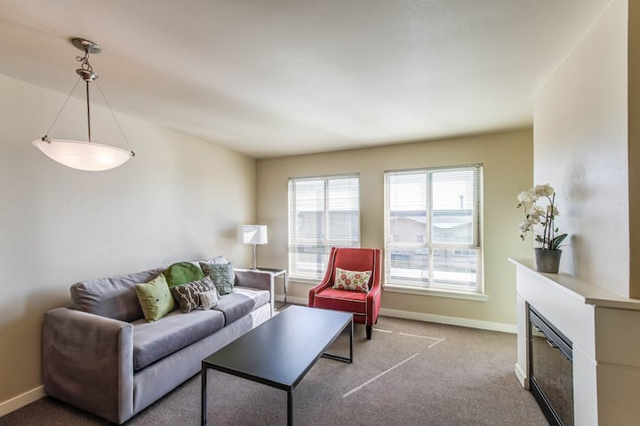 Apartment living at its finest   1BR in Seattle
