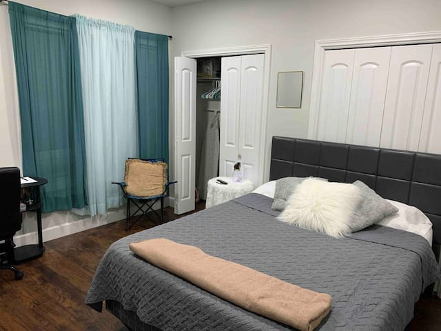 1 Bdr near  AT&T stadium,Six Flags and Fort Worth