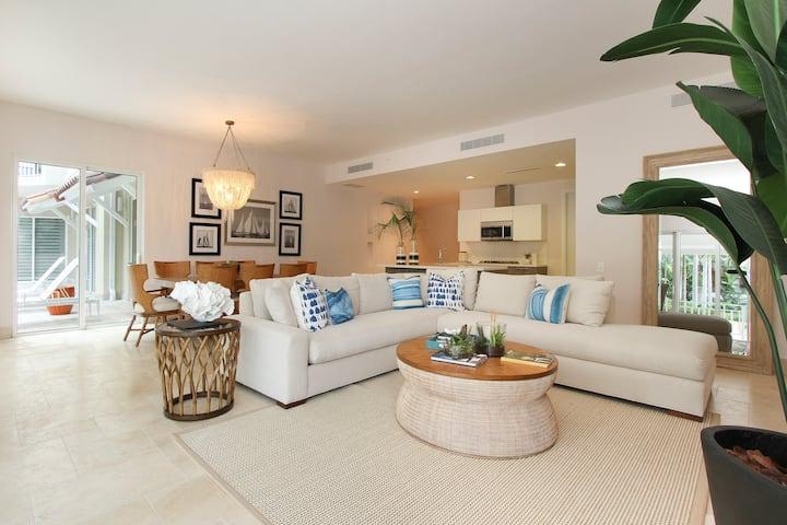 OFFICIAL Buenaventura Rentals: (022) Apartment with Pool at Puntarena Ocean Village in Buenaventura