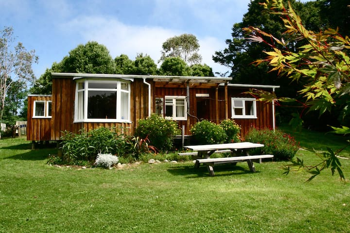 Double room in shared hillside cottage