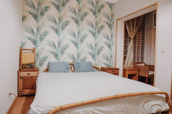 Costa A ༄ Surfgasm Beach House w/ Private Bathroom