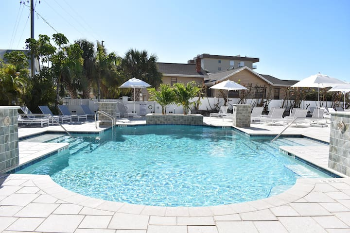 Pool Across the Street for use by Airbnb tenant