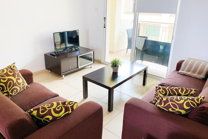 Nice comfortable 2 Bedroom flat with swimming pool