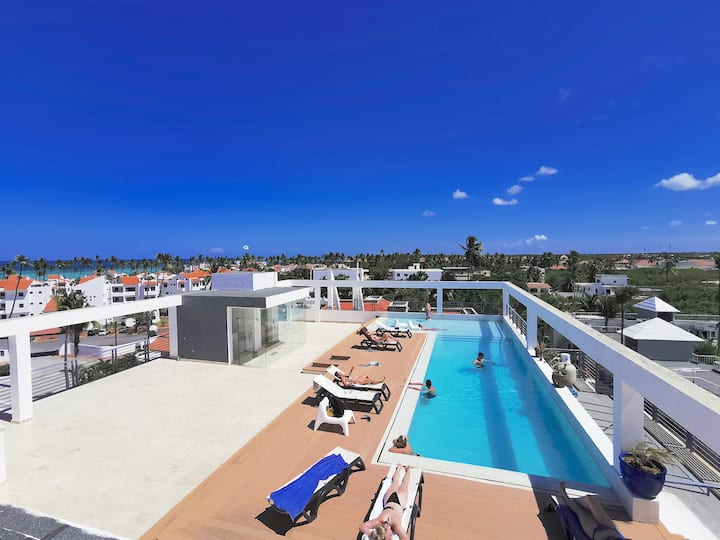 DELUXE PENTHOUSE BEACH CLUB ROOFTOP POOL Parking
