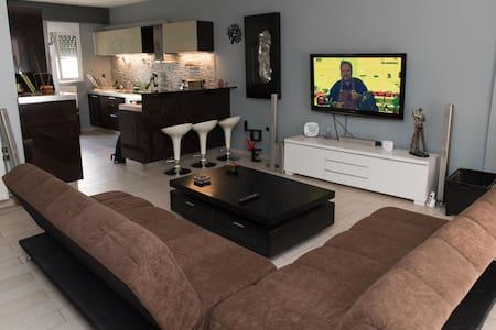 apartment  2 bedrooms free parkιng - Agios Dimitrios - Wohnung