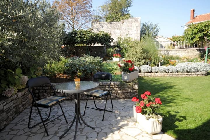 One bedroom house with terrace Kanfanar, Central Istria - Središnja Istra (K-7276)