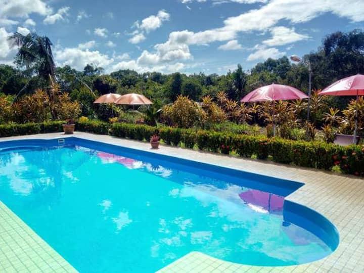 Phuket Airport Villa privat garden 18