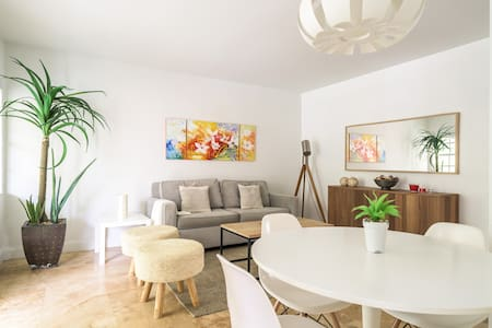 Cozy beach apartment in the heart of Key Biscayne - 키 비스케인 - 기타