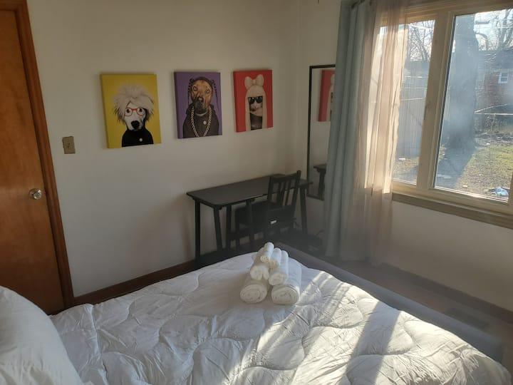 Comfy bedroom in family friendly neighborhood