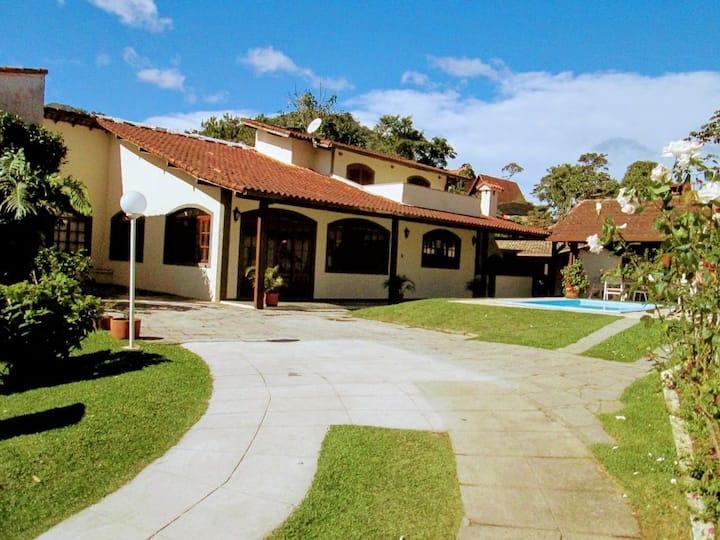 Linda casa no Bom Retiro 2 Teresópolis RJ