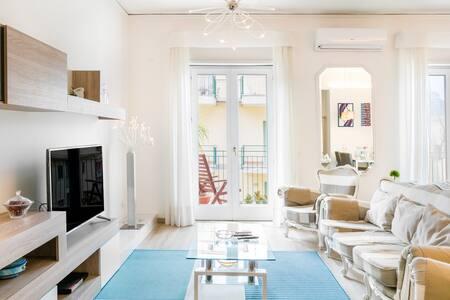 Mediterranean Design Apartment in Sorrento Center - Sea View