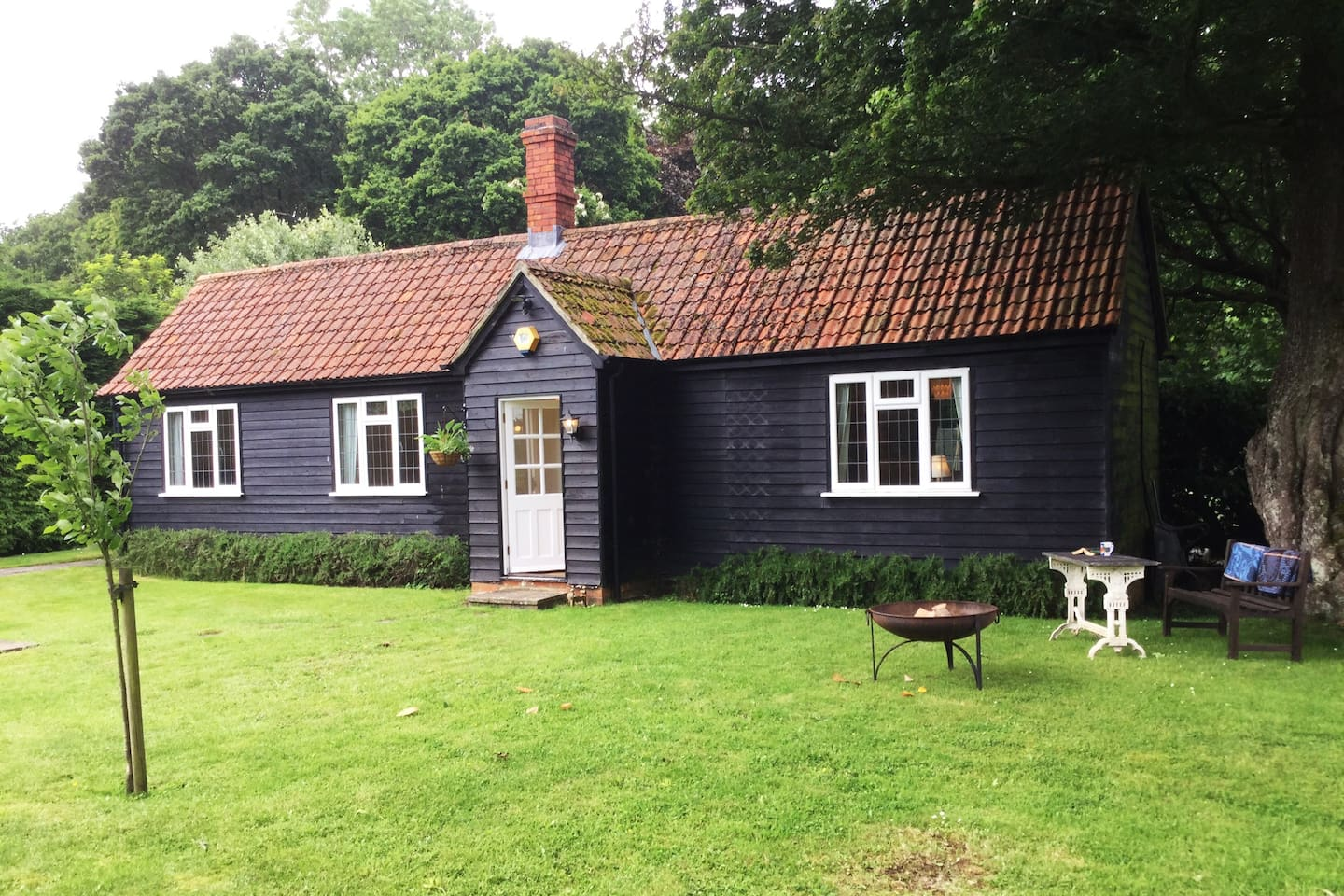Dairy Cottage sits in it's own private garden