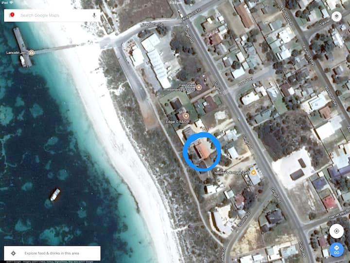 Beachside 80b - safe, secure, private garden