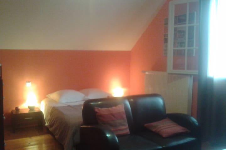 Maison Fleurie : chambre Orange