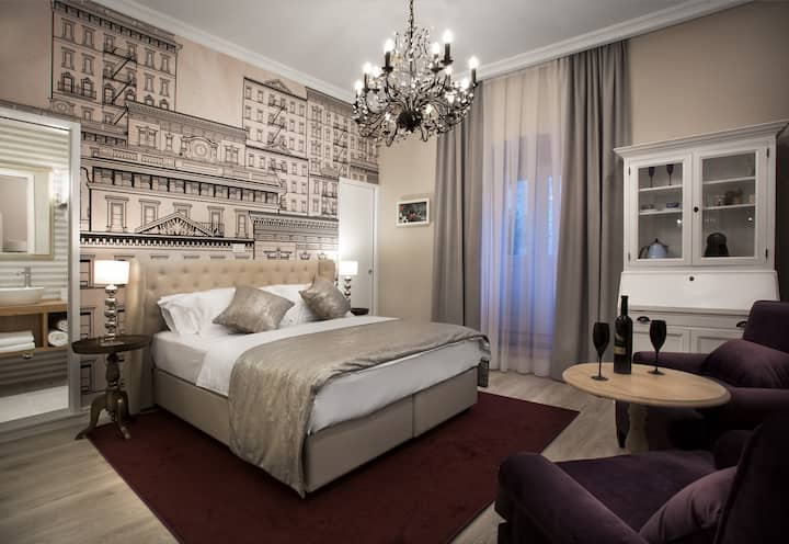Luxury double room with private terrace