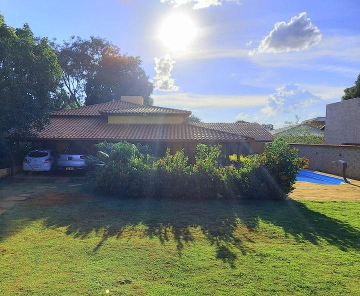 Casa de campo a 60 Km da Praça 7, BH