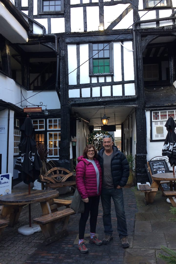 Maria and Kevin @ the 15C New Inn