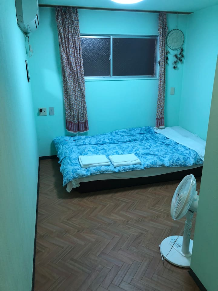 1double bet(2people) room. It's a suitable room for couples & It is a suitable room for one people. カップル&1人に適したお部屋です。