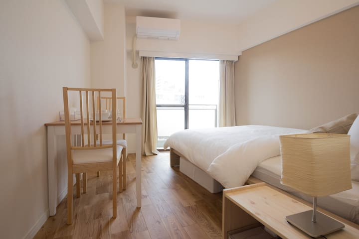 Bright, Cozy Studio Apt. 2 stops to Shinjuku (#8)