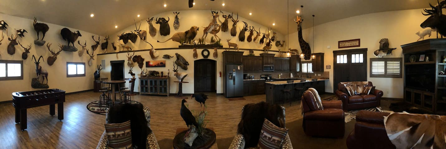 Kanarra View Farm and Wildlife Museum