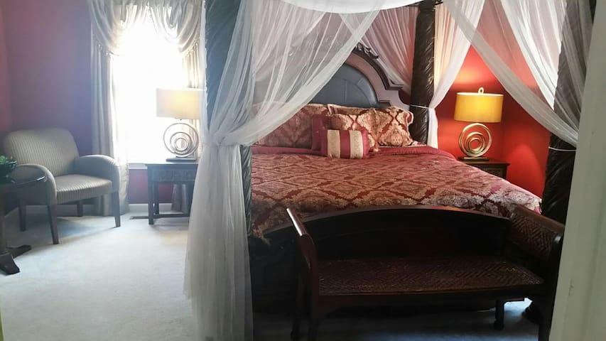 Southern Living Suite - Stockbridge Lakes Bed & Breakfast