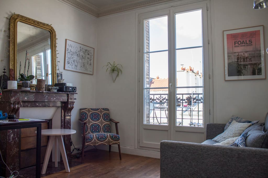 Appartement agr able et lumineux avec balcon for Appartement balcon paris