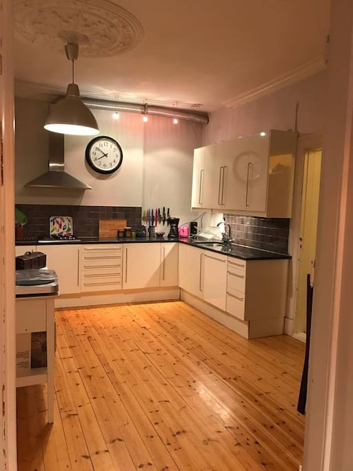 Kitchen, installed with everything you will need.