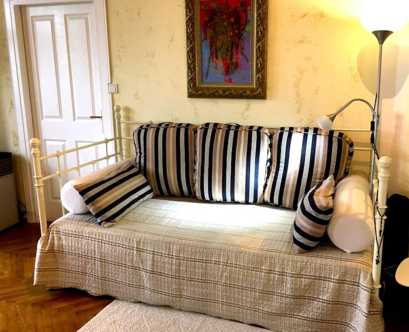 1 Single Bett Boutique Room Schlafzimmer