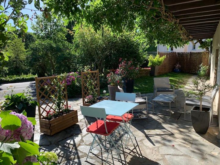 Studio indépendant+terrasse Beaulieu-sur-Dordogne