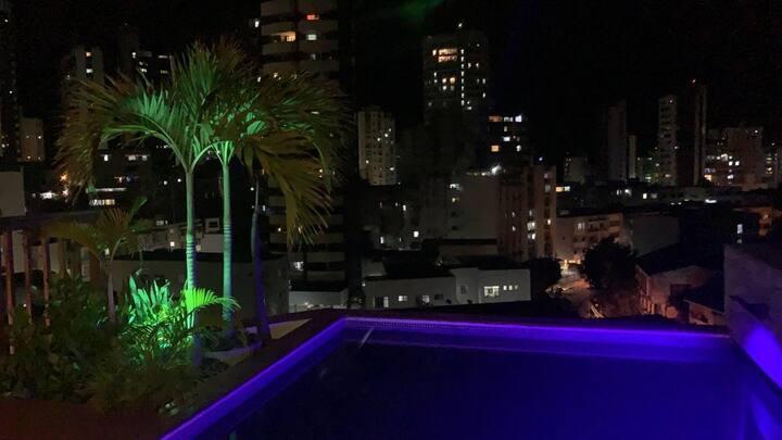 Suite in penthouse-Barra-Porto da Barra