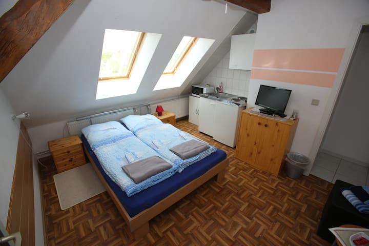 Wohnung 3 auf Wassergrundstück am Radwanderweg - Rathenow