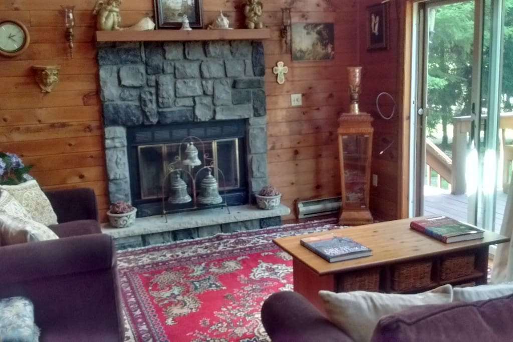 Heaven on earth getaway houses for rent in hawley for Lake wallenpaupack fishing report