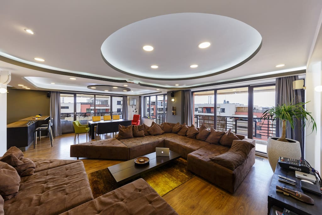 Top 100 Airbnb Rentals 2017 in Bucharest, Romania