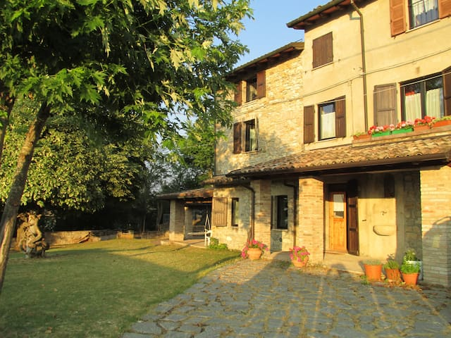 Casa di campagna  sulle colline vicino a Parma