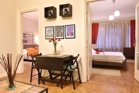 Beautiful, Newly Renovated Flat in Zamalek, Cairo